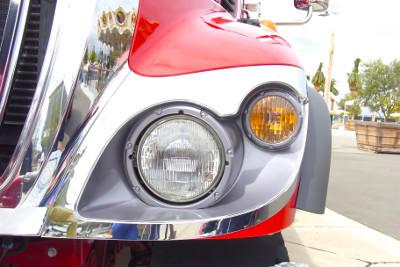 ヘッドライトの照度と光軸の測定